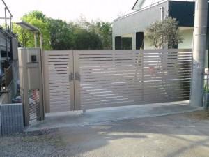 エクモア引戸と機能門柱KB型施工写真